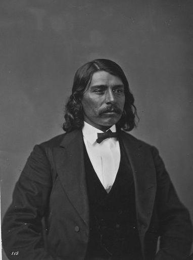 http://www.american-tribes.com/messageboards/dietmar/1873guerrier115.jpg