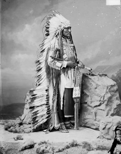 http://www.american-tribes.com/messageboards/dietmar/1877LittleWound.jpg