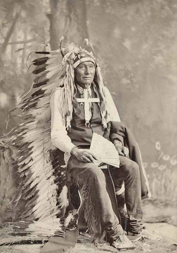 http://www.american-tribes.com/messageboards/dietmar/1879LittleChief.jpg