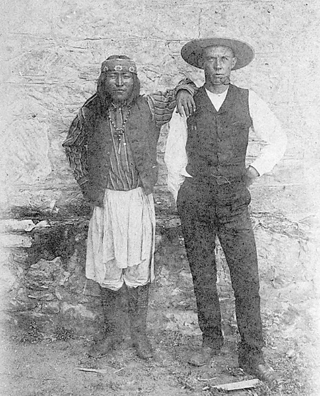 http://www.american-tribes.com/messageboards/dietmar/Ahnandia&Wratten.jpg