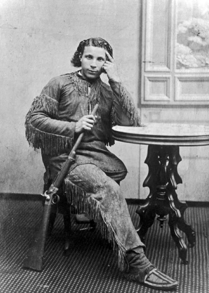 http://www.american-tribes.com/messageboards/dietmar/BuckskinJoe.jpg