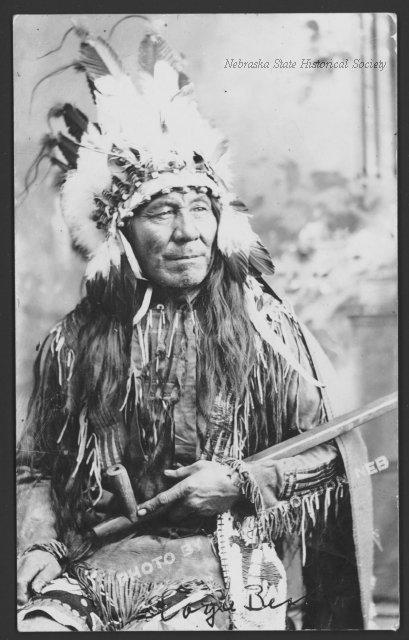 http://www.american-tribes.com/messageboards/dietmar/EagleBear.jpg