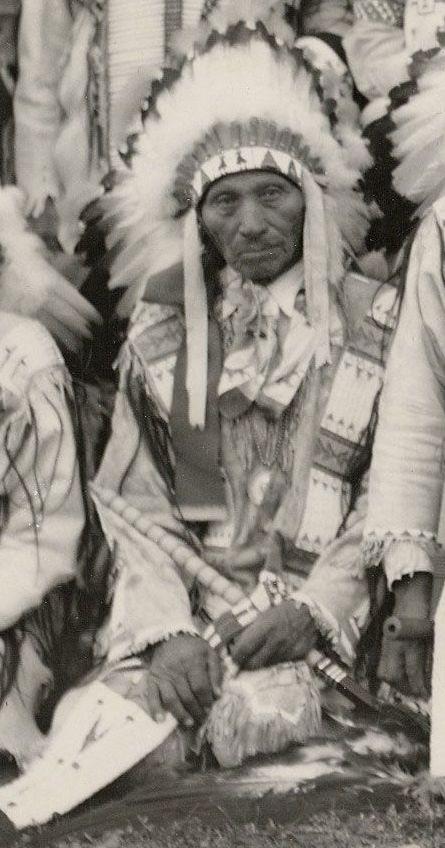 http://www.american-tribes.com/messageboards/dietmar/EagleBear1934.jpg