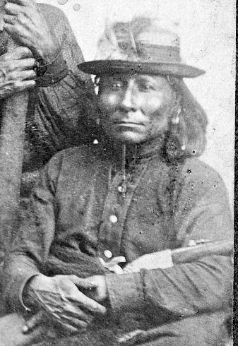 http://www.american-tribes.com/messageboards/dietmar/Featherhead2.jpg