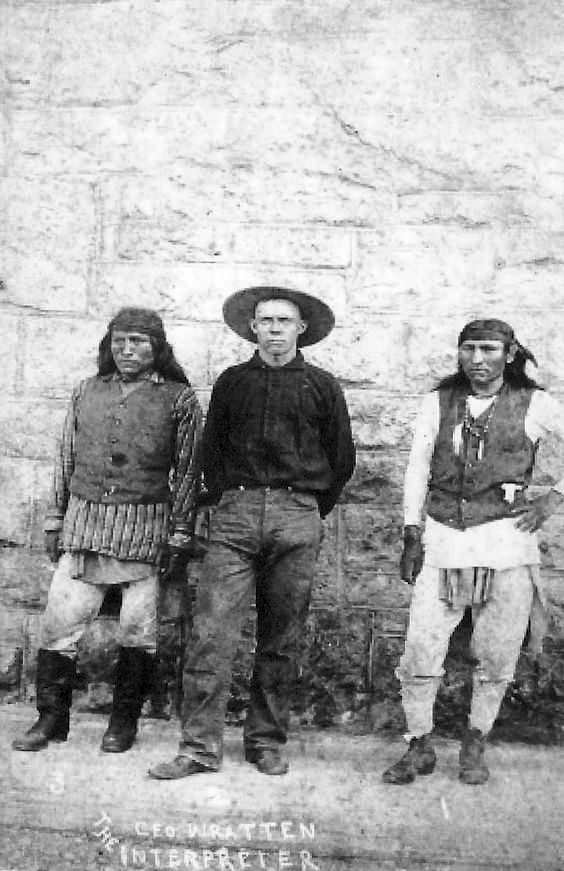 http://www.american-tribes.com/messageboards/dietmar/Fun&Perico&Wratten.jpg