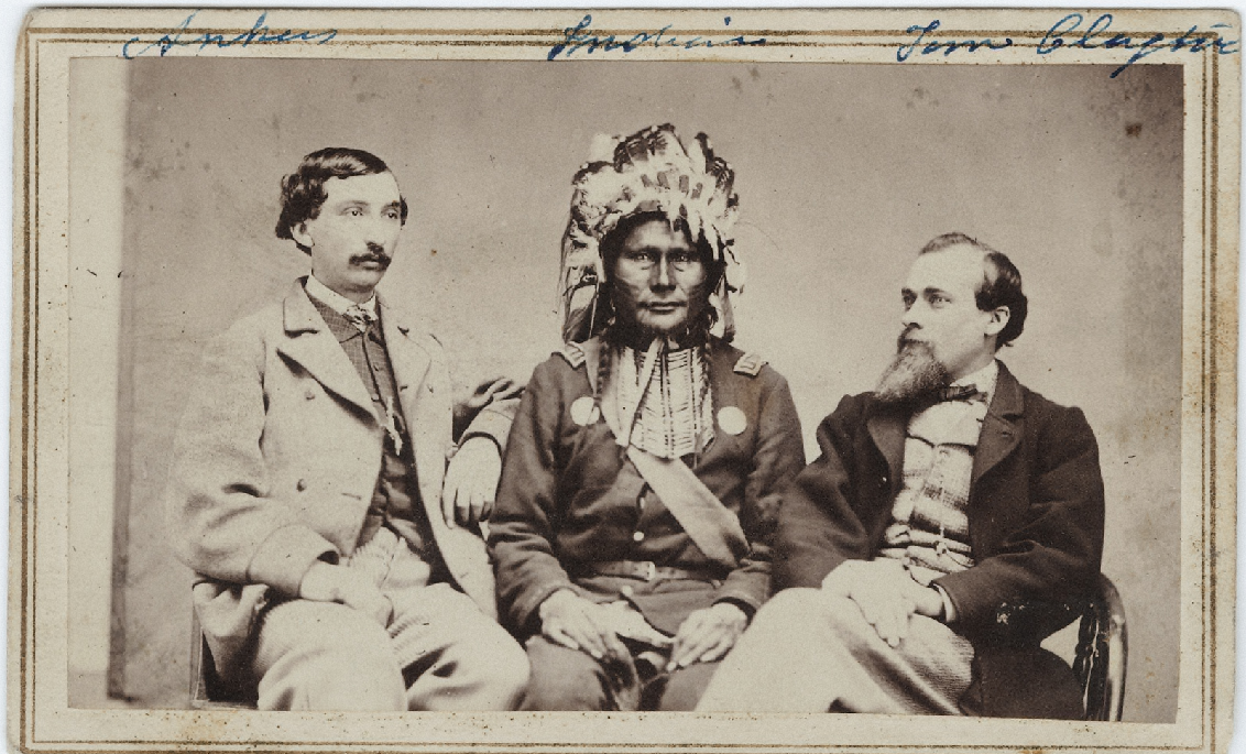 http://www.american-tribes.com/messageboards/dietmar/IndianWhites.jpg