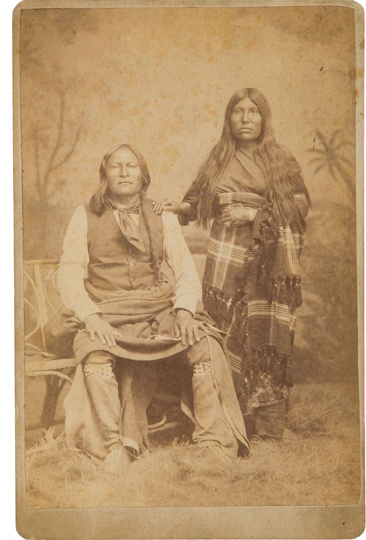 http://www.american-tribes.com/messageboards/dietmar/Mowway&wife.jpg