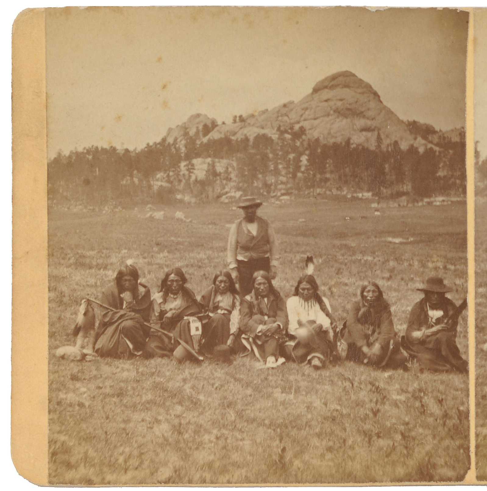 http://www.american-tribes.com/messageboards/dietmar/OglalainBlackHills.jpg