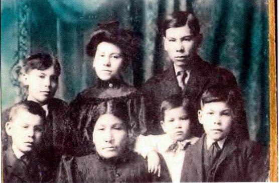 http://www.american-tribes.com/messageboards/dietmar/Pecakowin.jpg