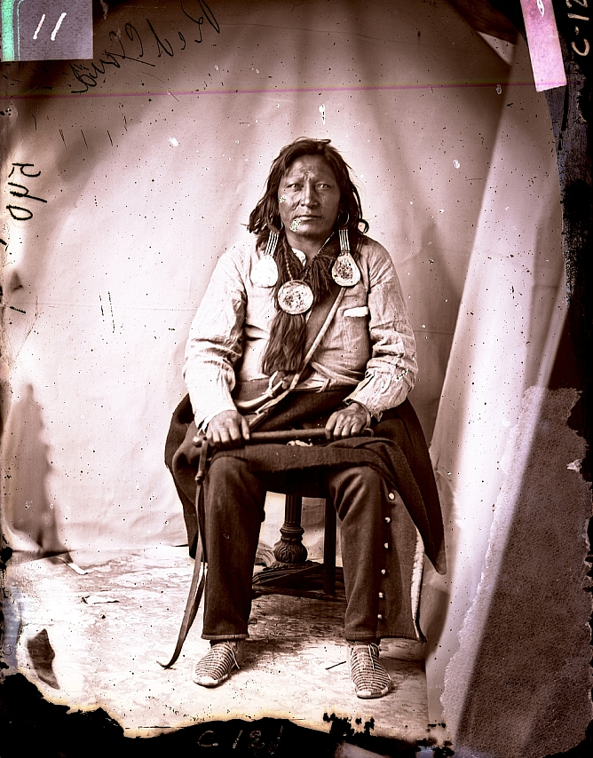 http://www.american-tribes.com/messageboards/dietmar/RedDogbyCarter.jpg