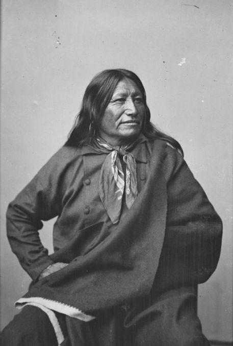 http://www.american-tribes.com/messageboards/dietmar/SpottedTail1877b.jpg
