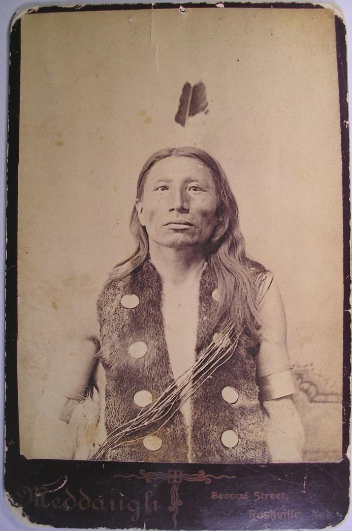 http://www.american-tribes.com/messageboards/dietmar/Spottedmeddaugh.jpg
