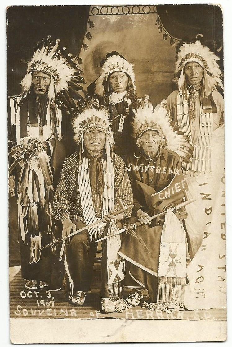 http://www.american-tribes.com/messageboards/dietmar/SwiftBear&Others.jpg