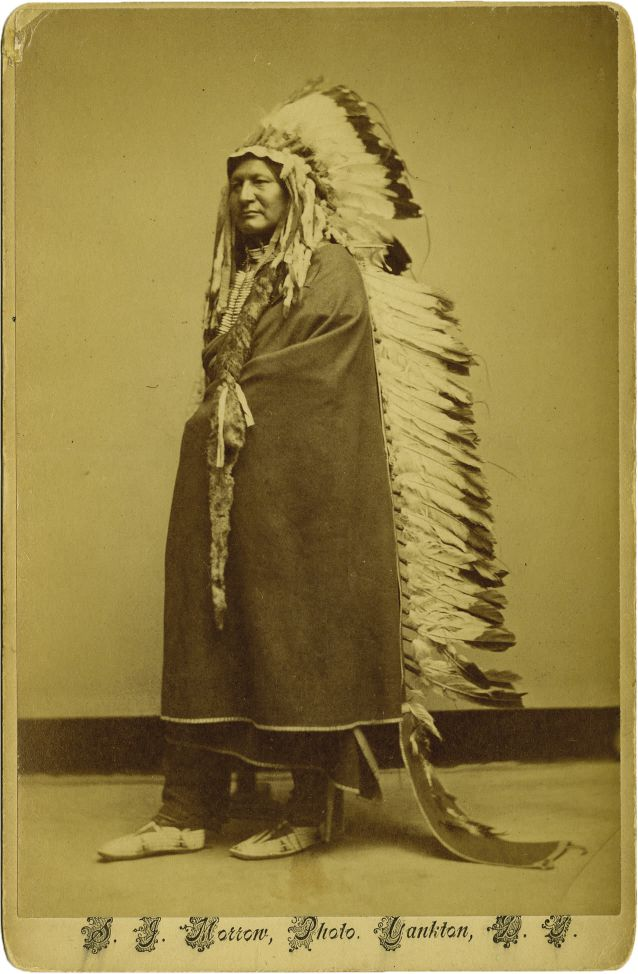 http://www.american-tribes.com/messageboards/dietmar/TwoMoonsmorrow.jpg