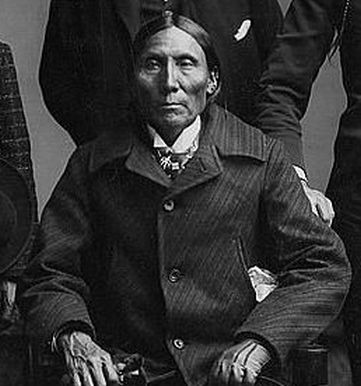 http://www.american-tribes.com/messageboards/dietmar/WhiteManApache.jpg
