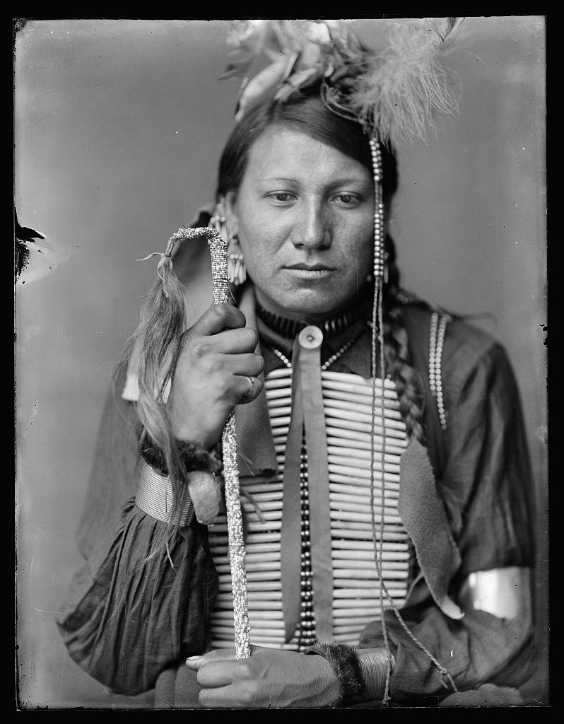 http://www.american-tribes.com/messageboards/dietmar/amoslittle.jpg