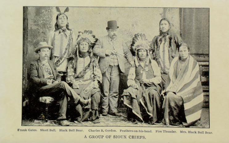 http://www.american-tribes.com/messageboards/dietmar/blackbullbear.jpg