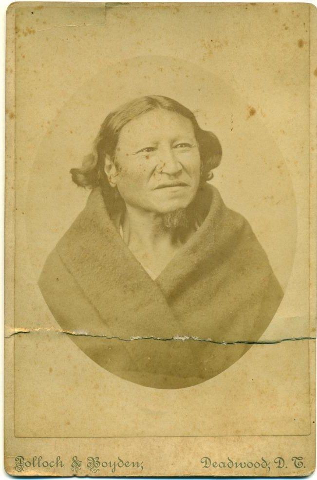 http://www.american-tribes.com/messageboards/dietmar/crowdog1883.jpg