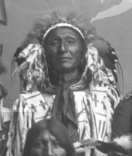 http://www.american-tribes.com/messageboards/dietmar/ironlightning1908b.jpg