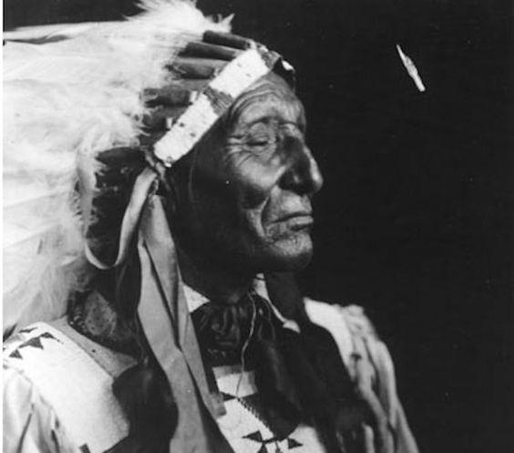 http://www.american-tribes.com/messageboards/dietmar/ironlightningb.jpg