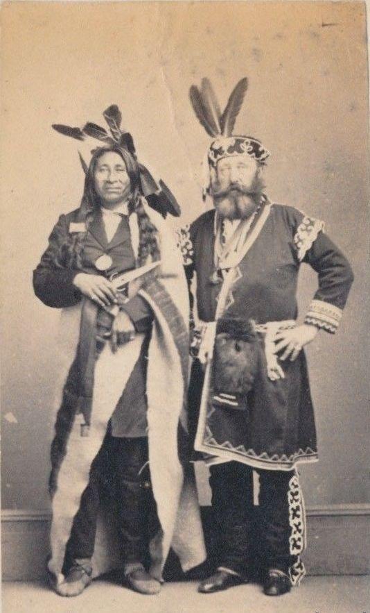 http://www.american-tribes.com/messageboards/dietmar/littlecroworojibwa.jpg
