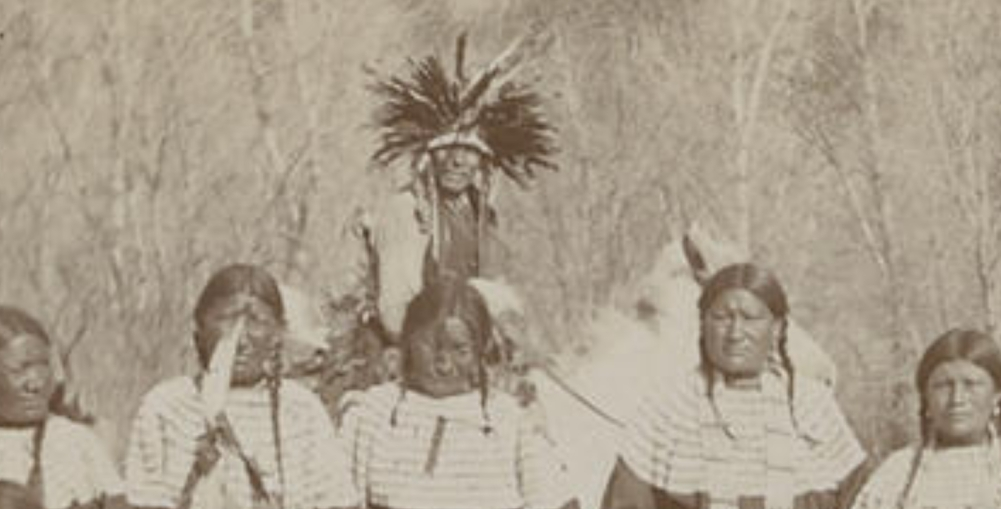 http://www.american-tribes.com/messageboards/dietmar/miwataniinbackground3.jpg