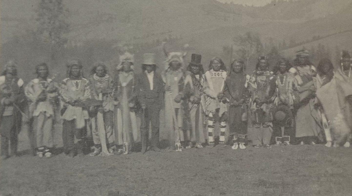 http://www.american-tribes.com/messageboards/dietmar/nezpercechiefs.jpg