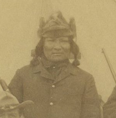 http://www.american-tribes.com/messageboards/dietmar/noneck1.jpg
