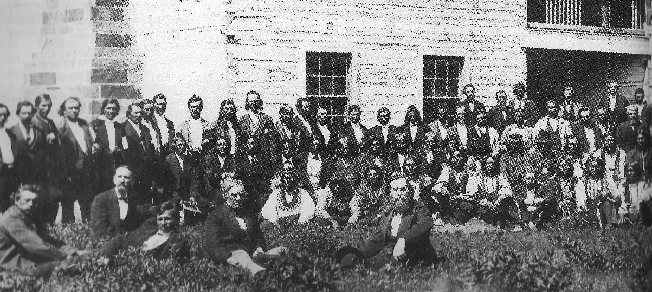 http://www.american-tribes.com/messageboards/dietmar/oklahoma-left.jpg