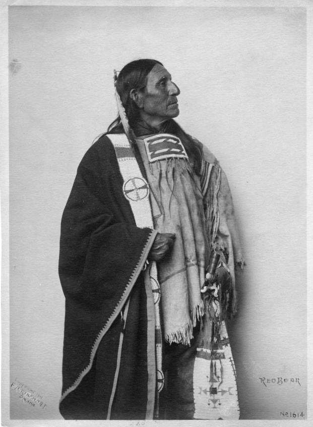 http://www.american-tribes.com/messageboards/dietmar/redbear.jpg
