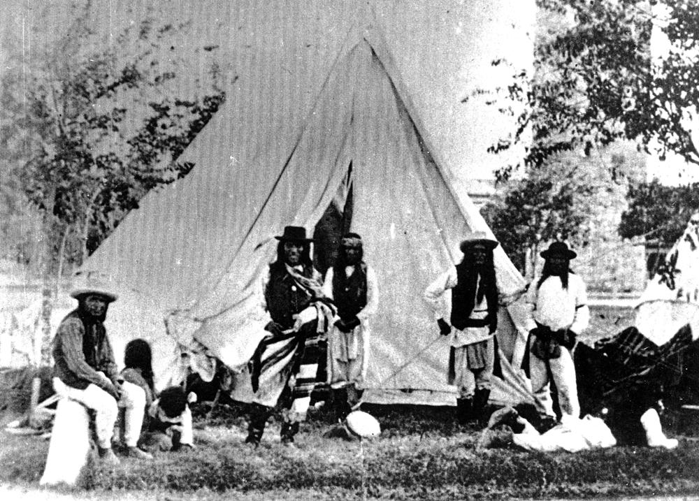 http://www.american-tribes.com/messageboards/dietmar/sanantonio1.jpg