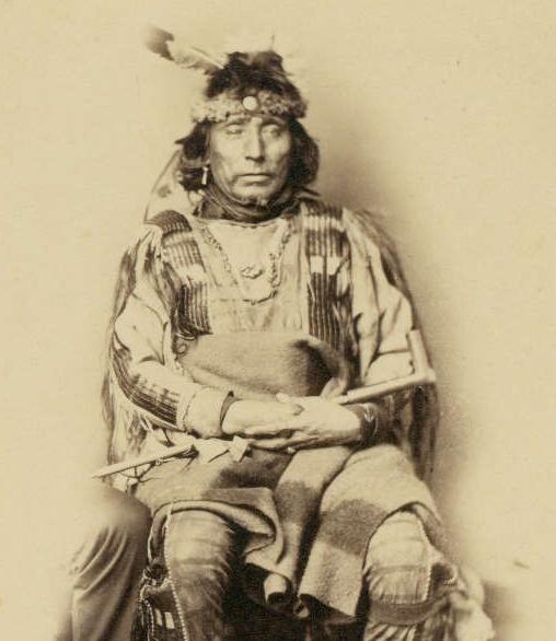 http://www.american-tribes.com/messageboards/dietmar/smuttybear1.jpg
