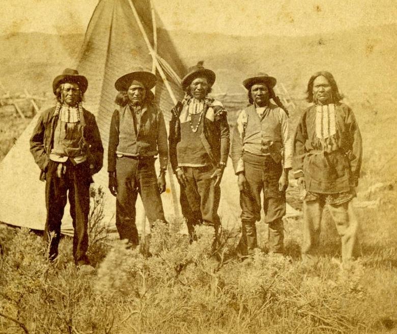 http://www.american-tribes.com/messageboards/dietmar/snakechiefsrussel.jpg