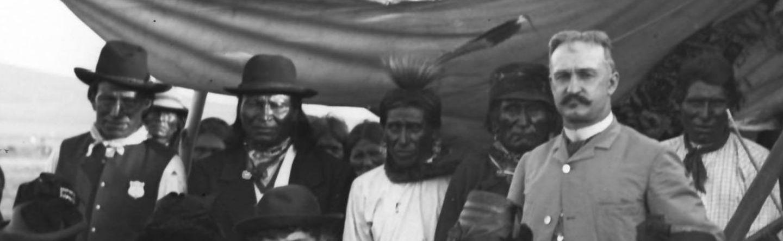 http://www.american-tribes.com/messageboards/dietmar/standingrockwaite1.jpg