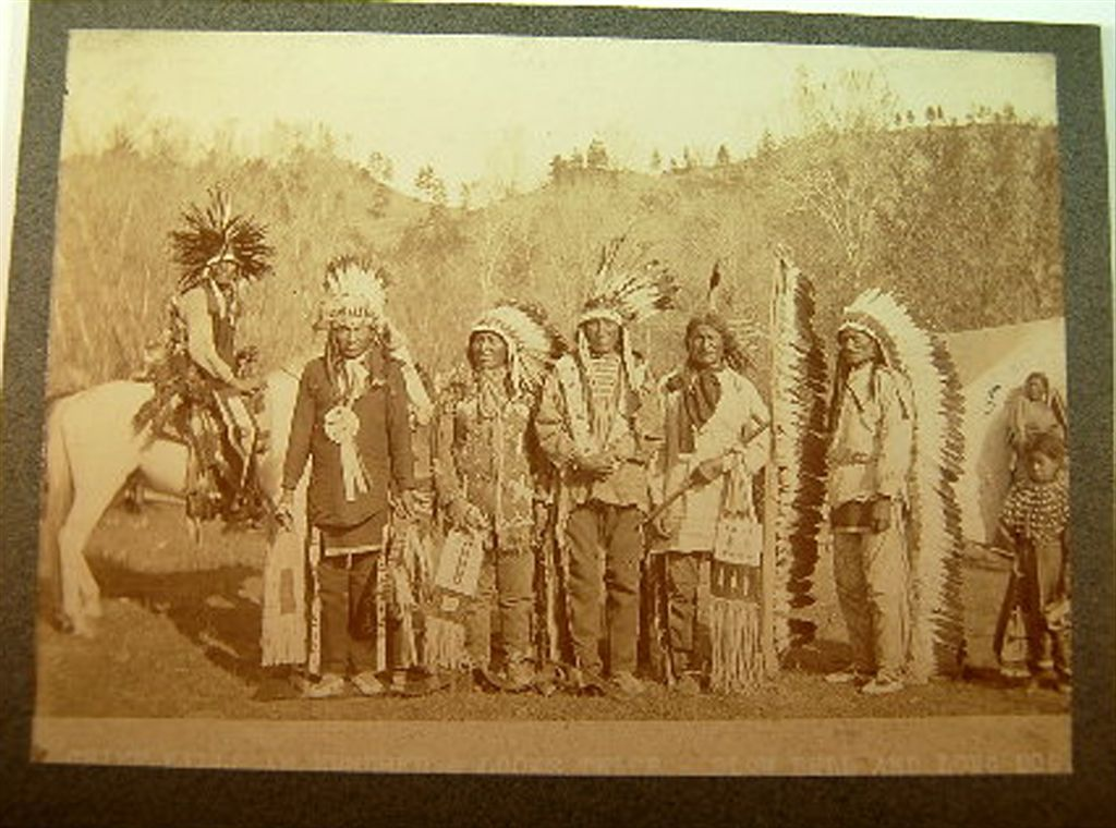 http://www.american-tribes.com/messageboards/dietmar/stilwellgroup.jpg