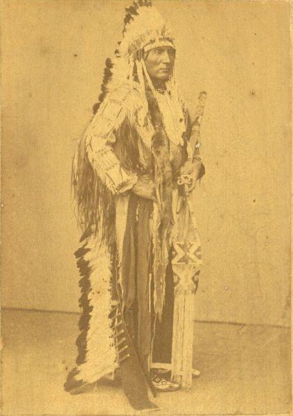 http://www.american-tribes.com/messageboards/dietmar/touchthecloud2.jpg
