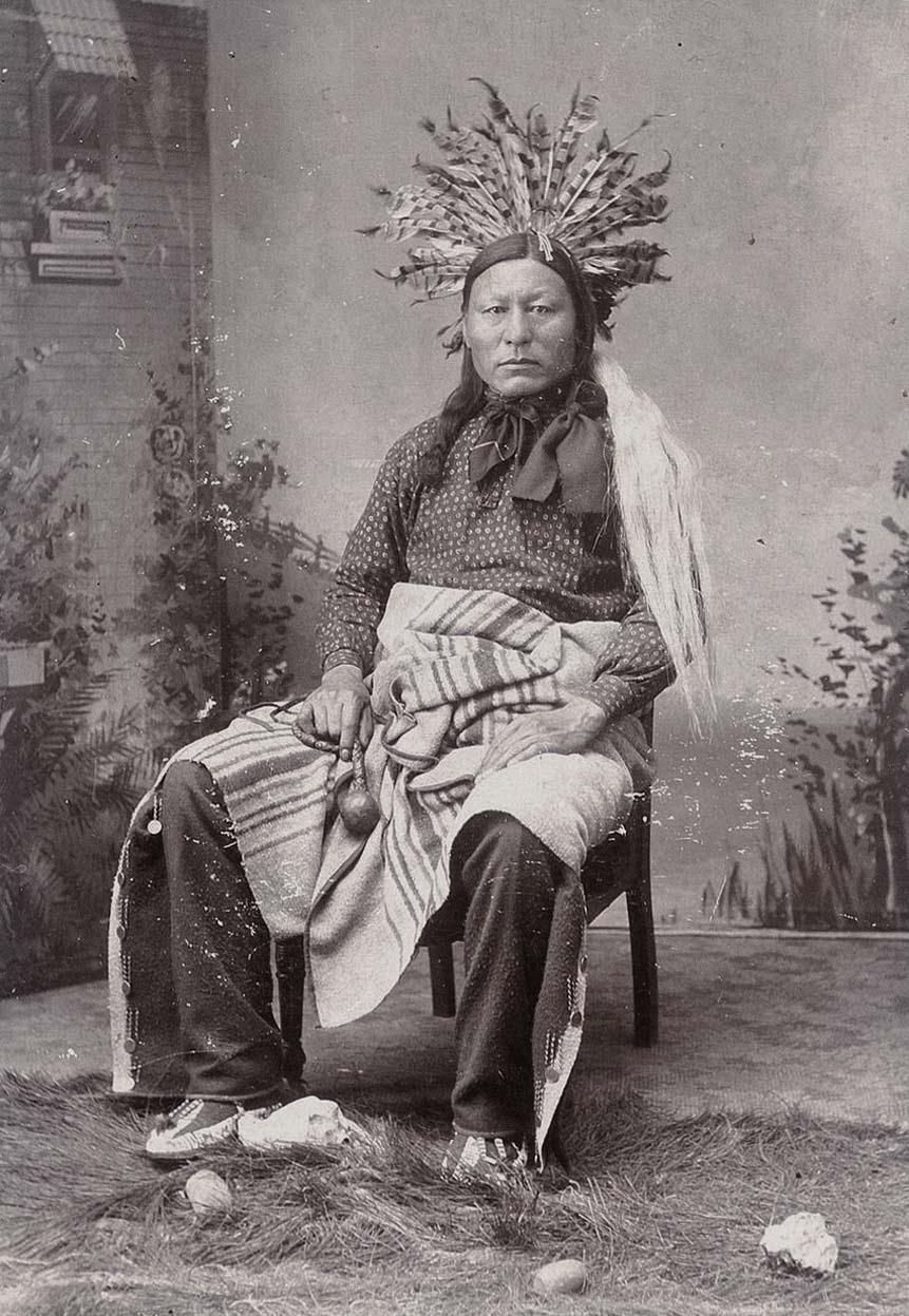 http://www.american-tribes.com/messageboards/dietmar/unidentifiedHunkpapaman.jpg