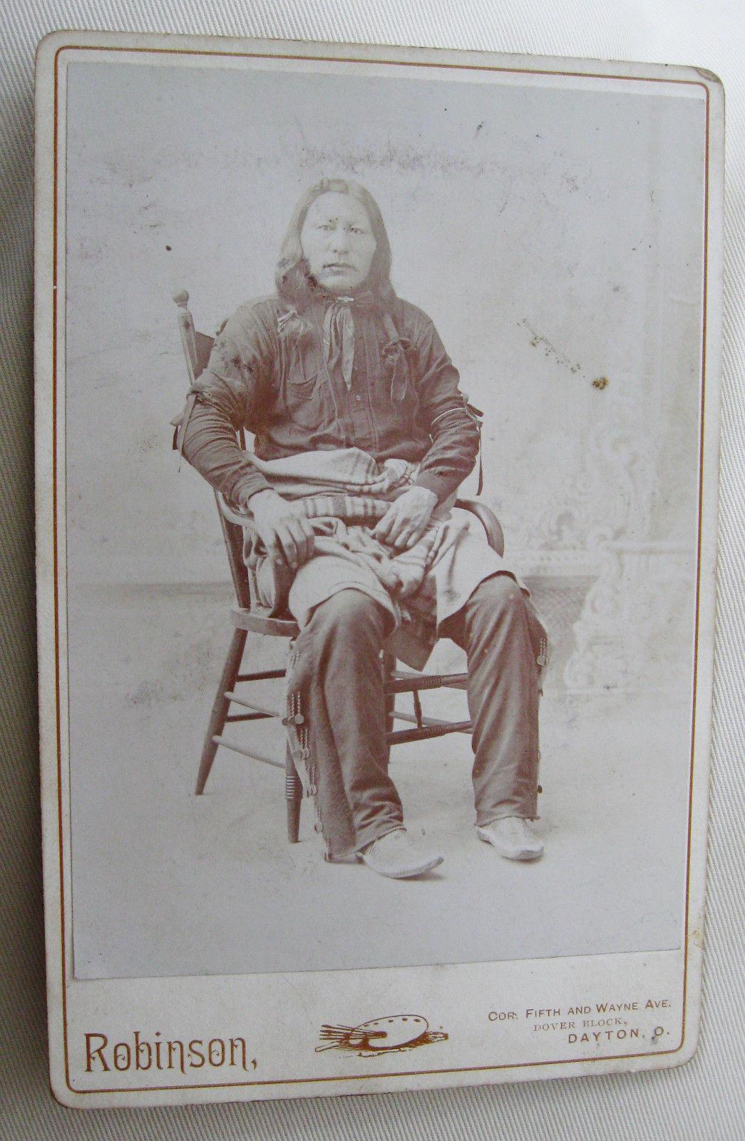 http://www.american-tribes.com/messageboards/dietmar/unidentifiedHunkpapaman3.jpg