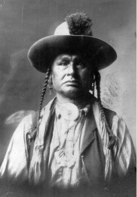 http://www.american-tribes.com/messageboards/dietmar/whitemanrunshimDPL.jpg